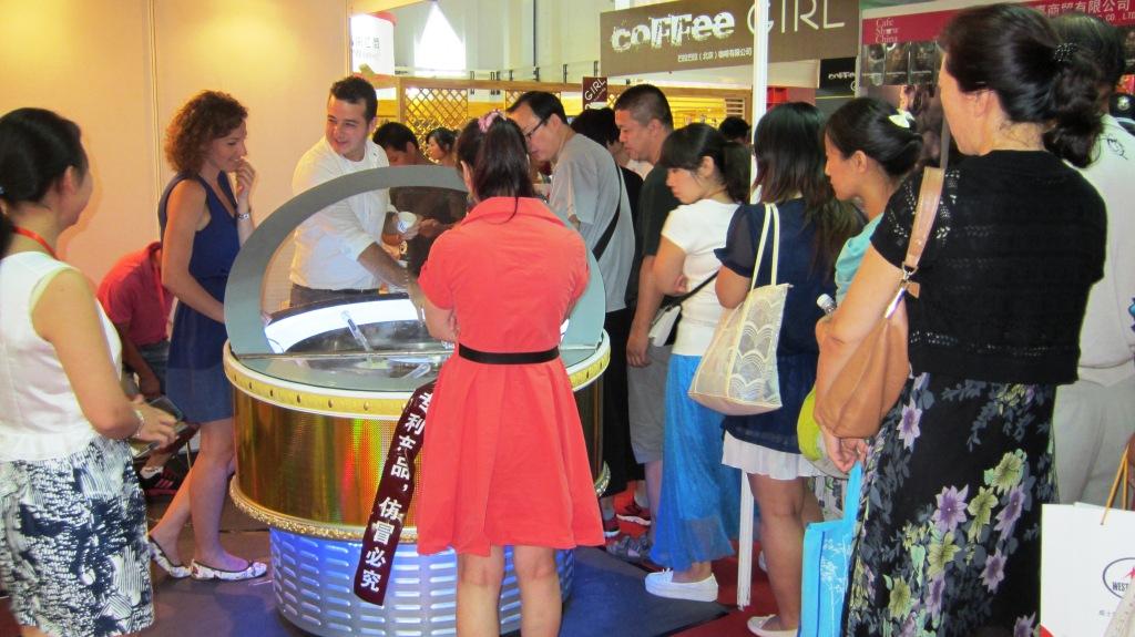 Round Gelato display freezer in Beijing